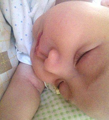 ええ、かわいい??寝顔です。