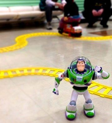 「流山おもちゃ病院」の会場で貸しきり状態で遊んできた。