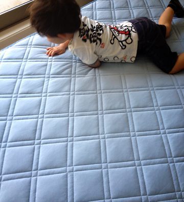 節電対策。ニトリの冷感寝具(Nクール)がいい感じ。