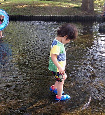 水遊びならココ!「野々下水辺公園」で残暑涼み。
