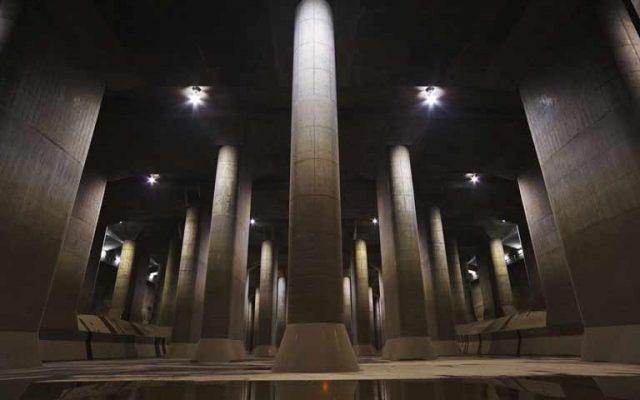 日本の「地下神殿」首都圏外郭方水路。