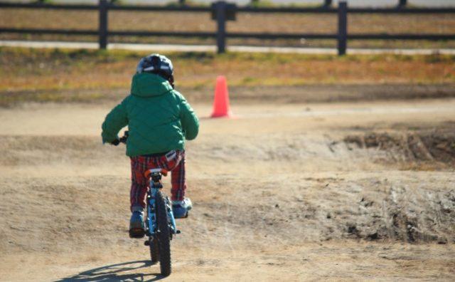 自転車の練習に最高。利根川ゆうゆう公園。