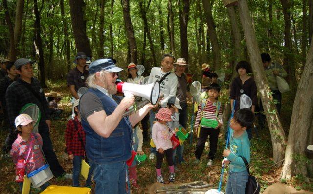 ケビン・ショートさんと「おおたかの森探検ツアー」。