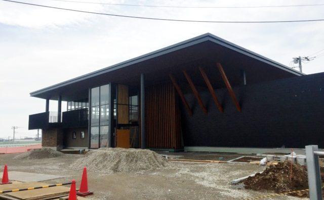 「丘の上のサフラン 西平井店」が6月にオープン予定。