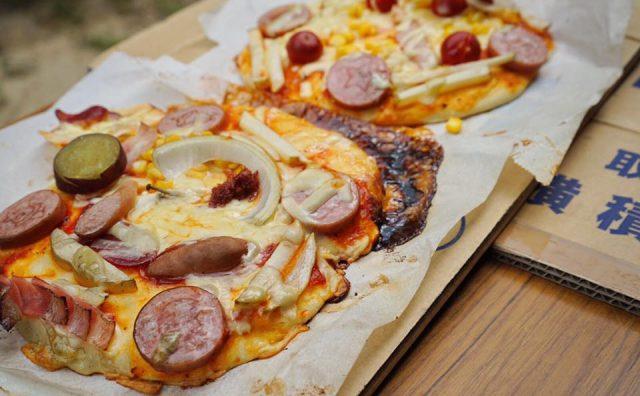みんなで楽しく美味しい?手作りピザつくり。