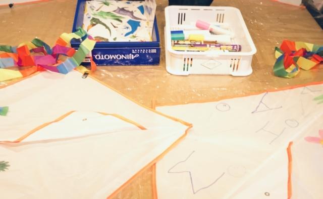 絵を描いてオリジナルの凧を作ろう~凧作りワークショップ~開催。